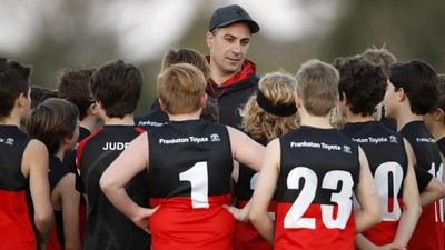 Scott clarifies rules and protocols for community footy