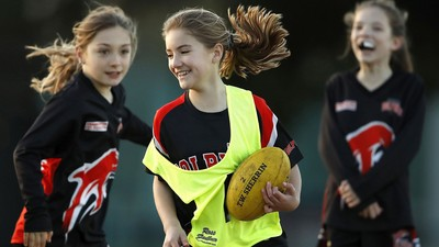 'PLAY ON IN VIC' and win a $500 Sherrin voucher